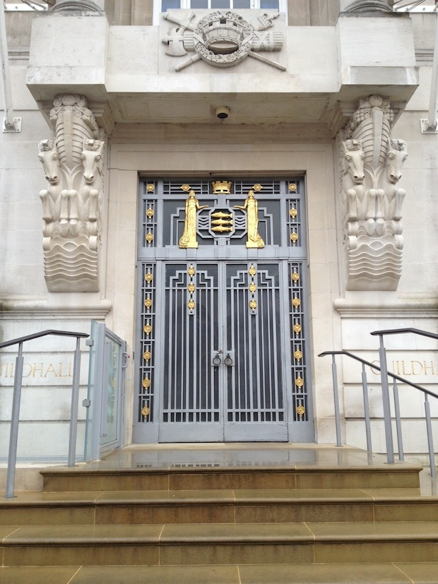 GUILDHALL-ENTRANCE
