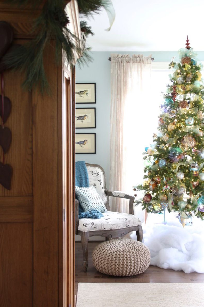 Surprise Her With Gorgeous Bedding This Christmas Laura