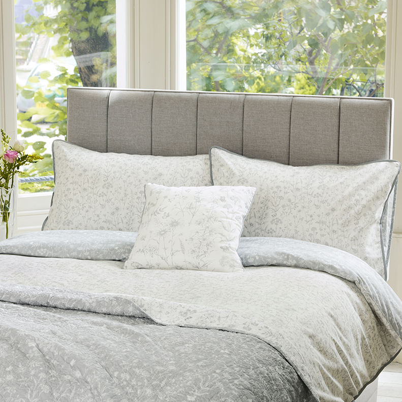 Laura Ashley Furniture Usa: Floral Interiors With Laura Ashley